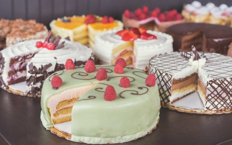 4 Cakes for your Sweetheart