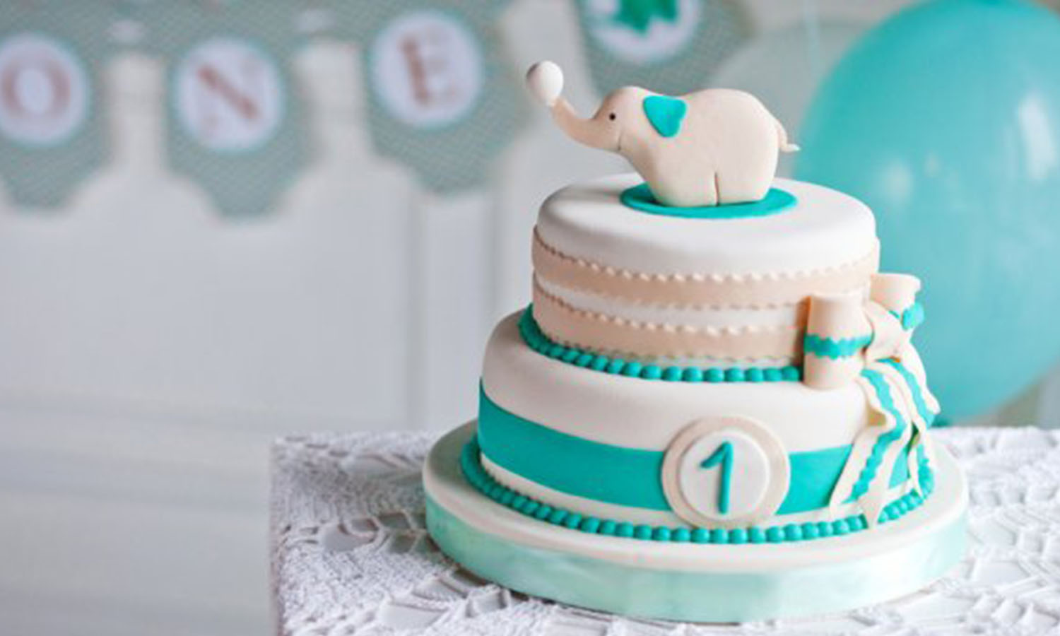 7 Creative Cake Ideas For Your Baby's First Birthday