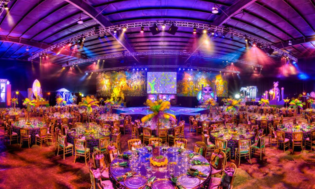 4 Things to Know Before Hiring Event Lighting Services