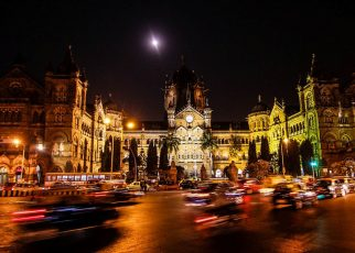 How to Explore Nightlife in Mumbai