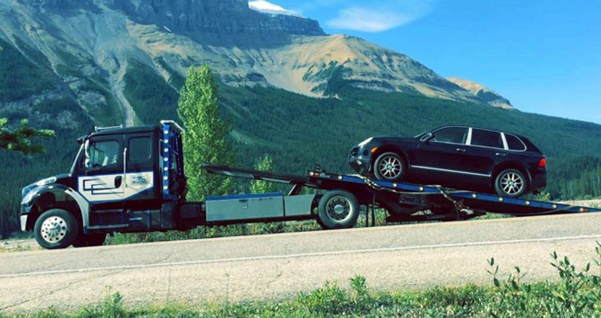 Basic Guidelines for Safe Driving and Towing A Trailer Safely