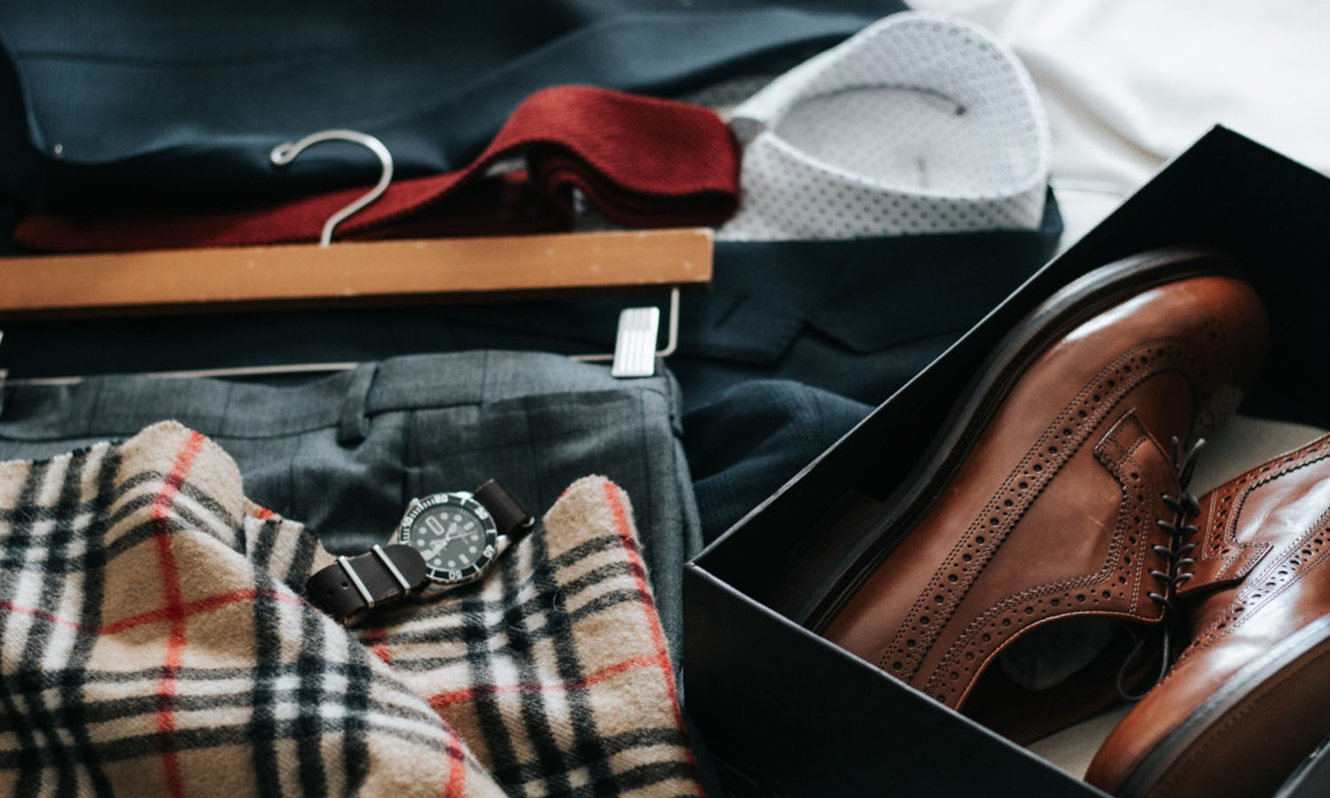 How to Match Watches to Your Business Casual Outfits