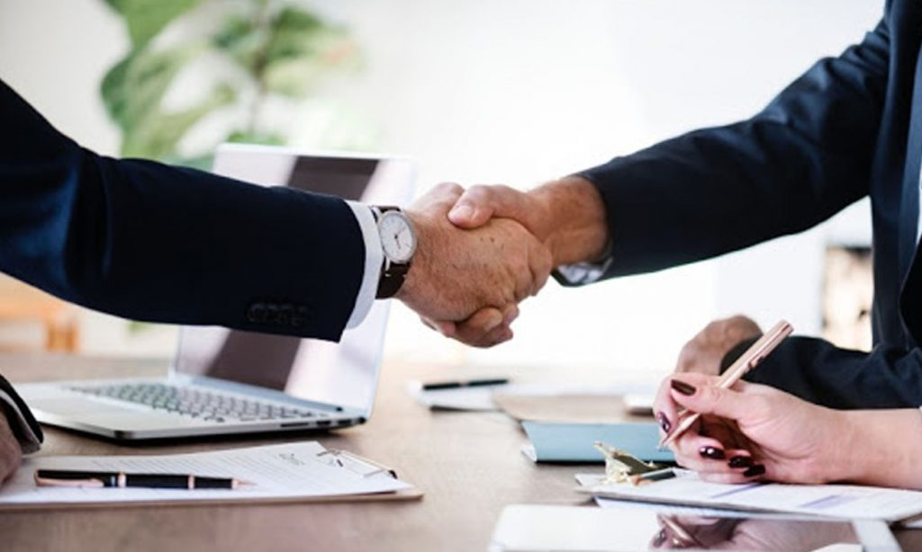 Choosing the Right Business Consulting Firm for Success