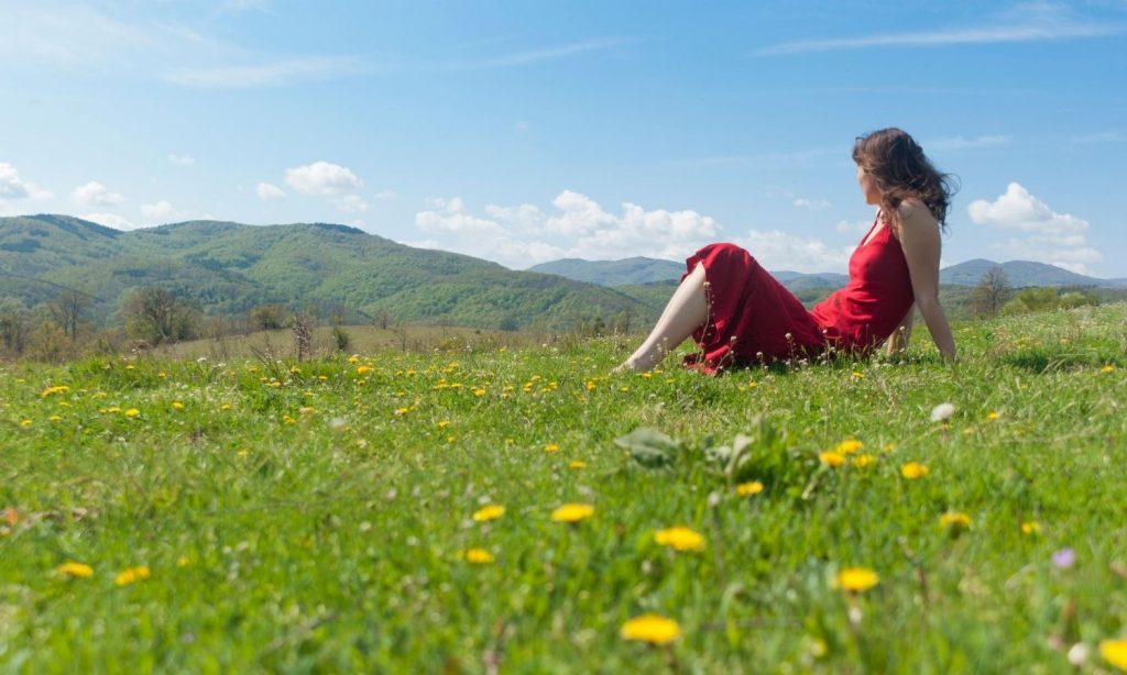 How To Manage Stress and Relax in Nature