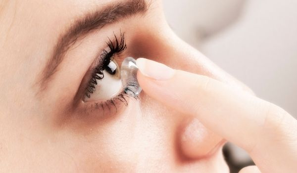 A Beginners' Guide to Choose the Best Contact Lenses