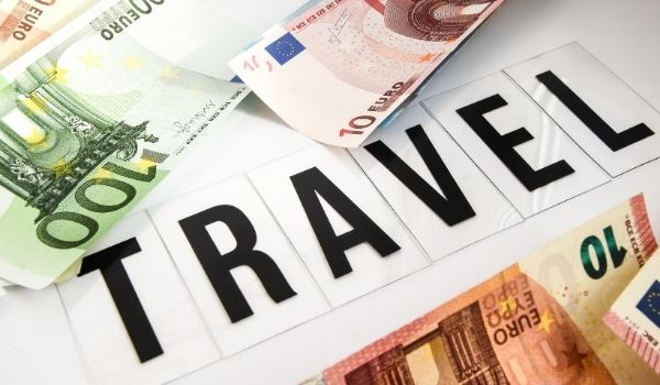 How to Spend Less When You're Travelling Abroad